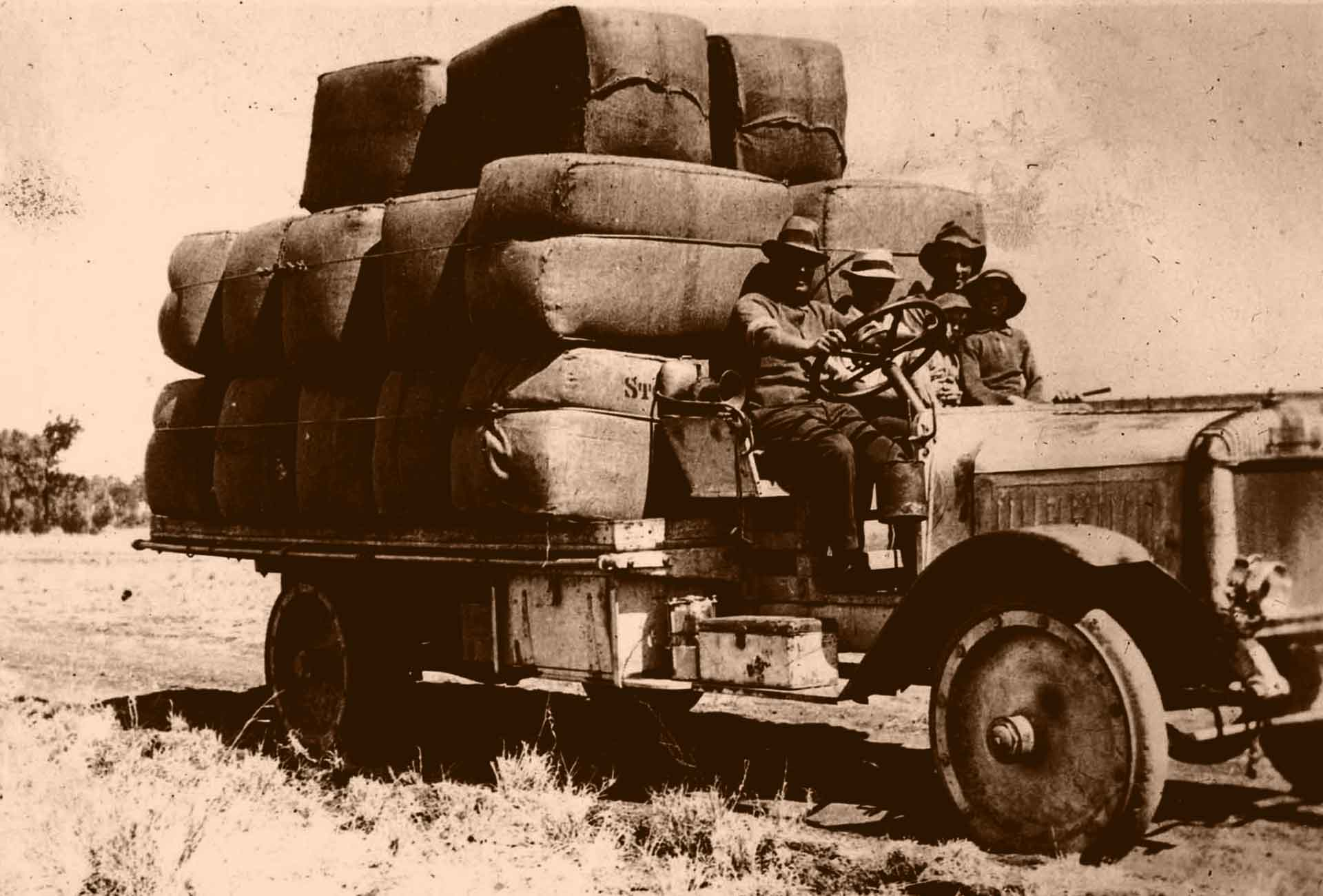 Ackroyd and Dadswell - Wool Truck